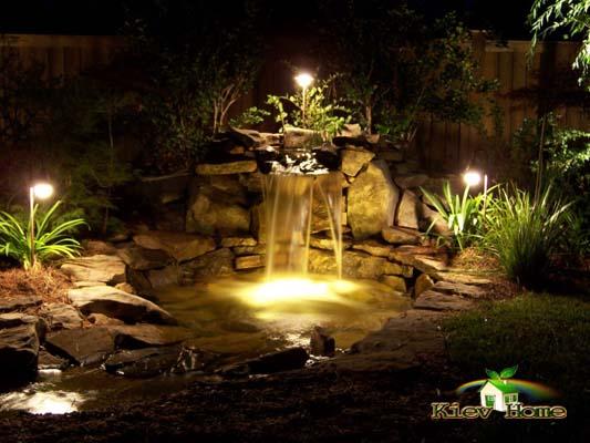 Освещение пруда ночью