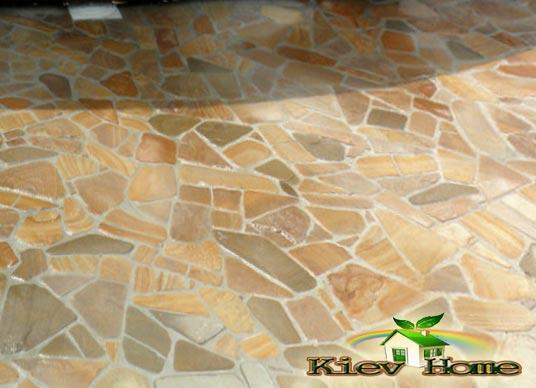 Цены на работы по укладке плитки из натурального камня